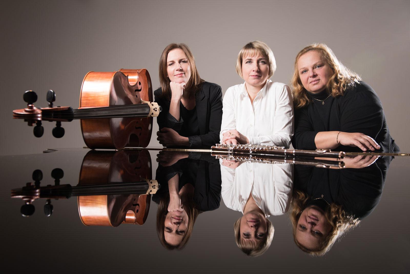 sebastiantrio.cz - SEBASTIAN TRIO - Simona Hečová, Kateřina Jansová, Alice Voborská - vážná hudba